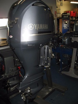 Yamaha 225 outboard-2019 4 stroke boat motor for sale