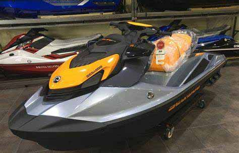 2020 Sea DOO GTI SE 170-Jet skis for sale