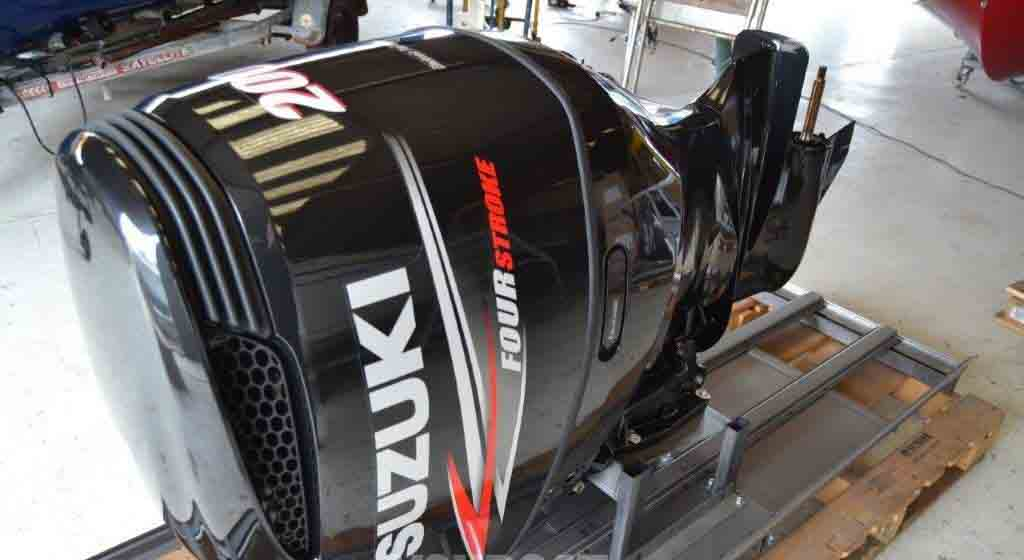 Suzuki 200HP outboard motors for sale-2020 DF200 4 stroke